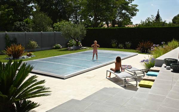 prix abri piscine telescopique