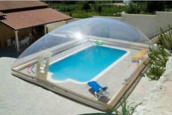 prix abri piscine desjoyaux