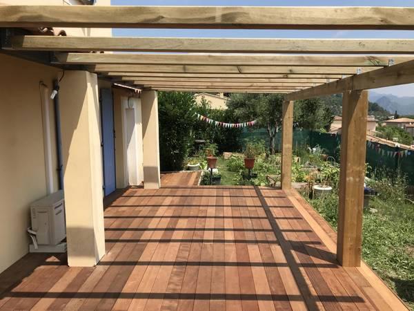 prix au m2 terrasse bois sur plot