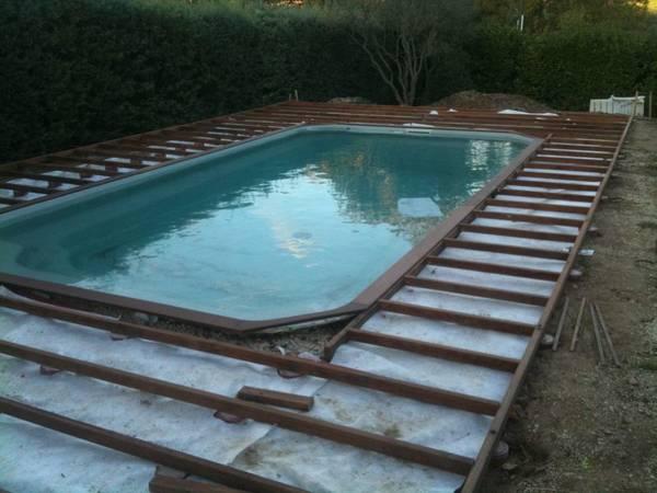 pose terrasse bois sur plot beton